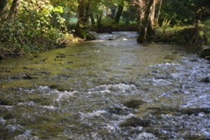 flowing river la chatouillette