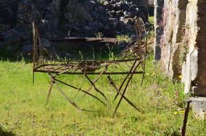 rusty crib